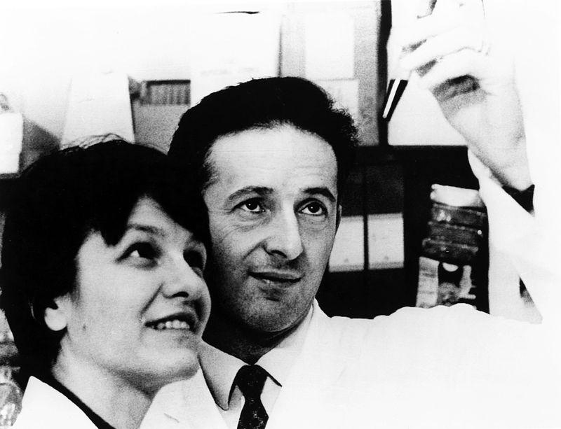Photo of Eva Klein and her husband George
